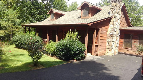 Morning Star 4 Bedroom Log Cabin front photo in Gatlinburg - Pigeon Forge Tennessee