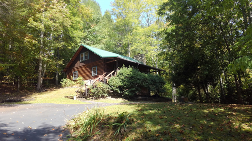 Tennessee Sunshine 3 Bedroom Log Cabin Front photo in Gatlinburg - Pigeon Forge Tennessee
