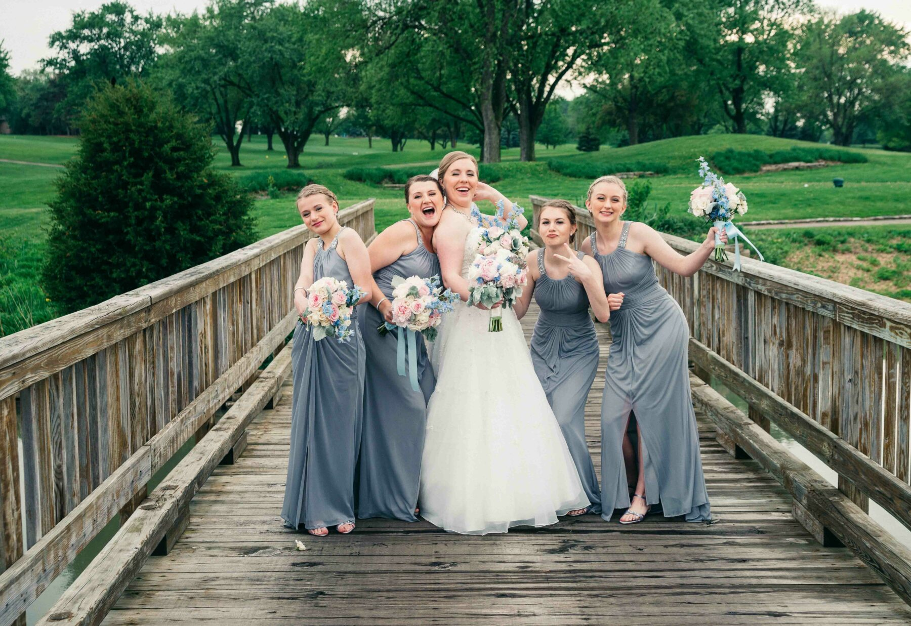 fun bridal party photos