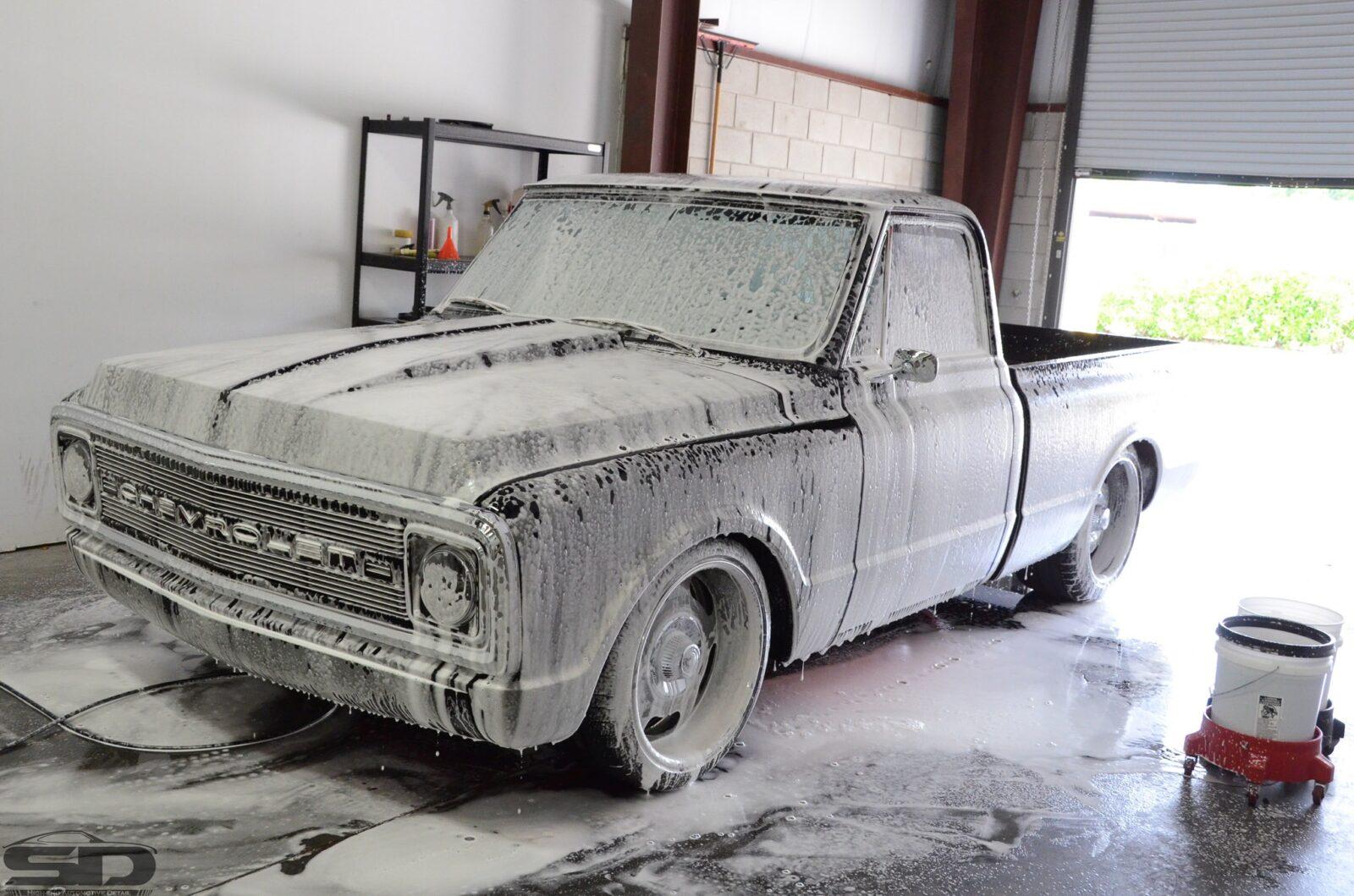 Chevy C10 (6 of 64)