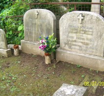 Gravesite, Diana, husband and son