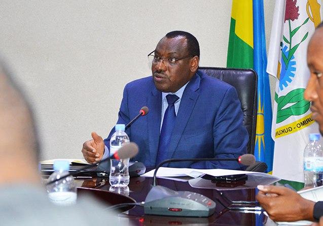 Govt seeks to raise savings to 20 per cent