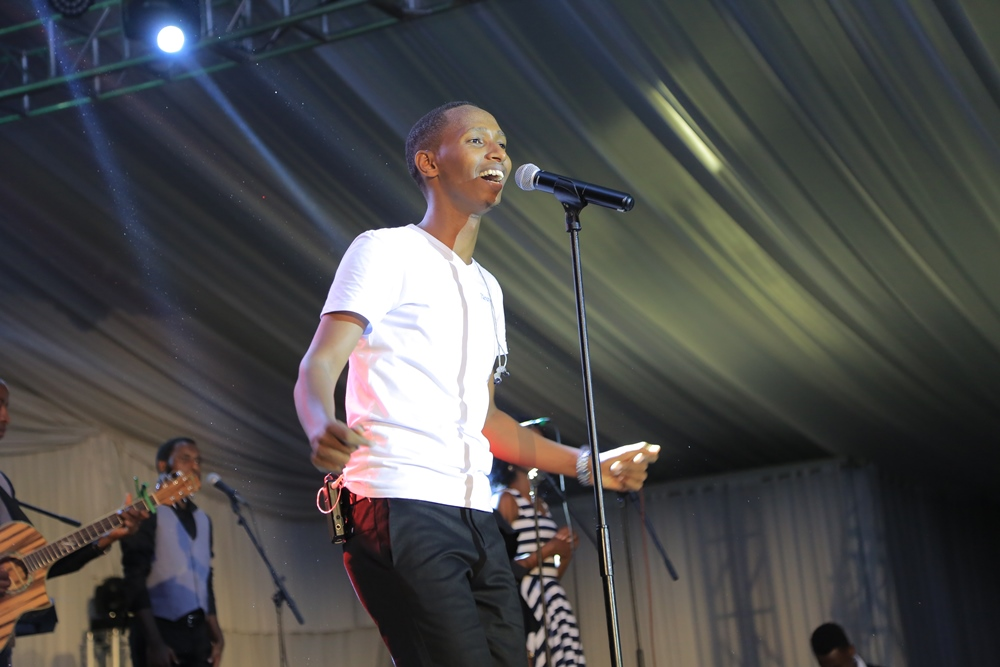 Rwandan Gospel singer Israel Mbonye thrilled his fans