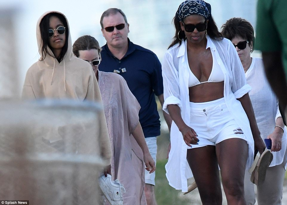 Michelle Obama and daughter Malia enjoy a winter weekend at the beach