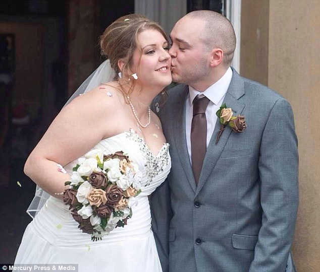 Furious couple sue wedding photographer
