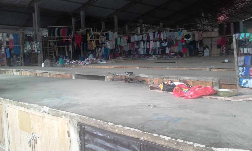 Nyanza district: Second hand cloth sellers claim losses