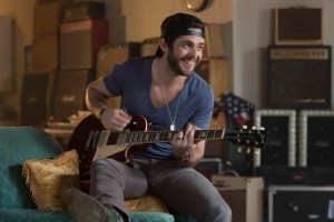 Thomas Rhett playing guitar