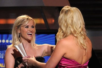 Miranda Lambert writes song for Reese Witherspoon
