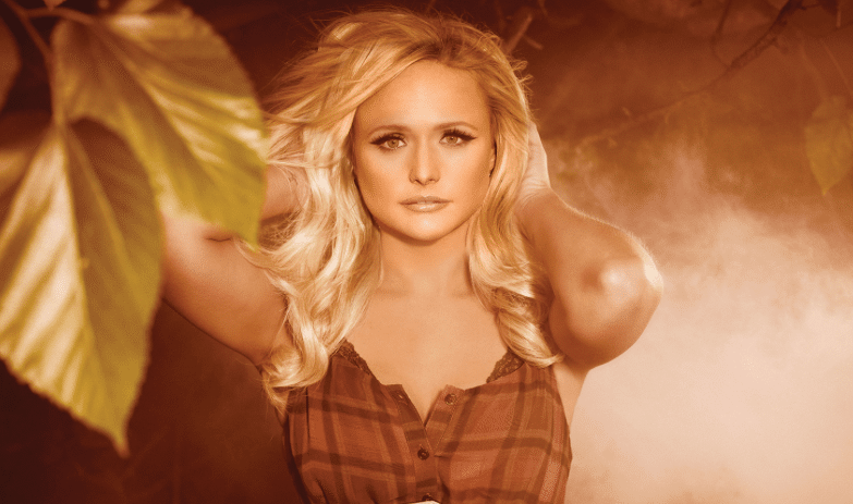 Miranda Lambert Shows Off New Look