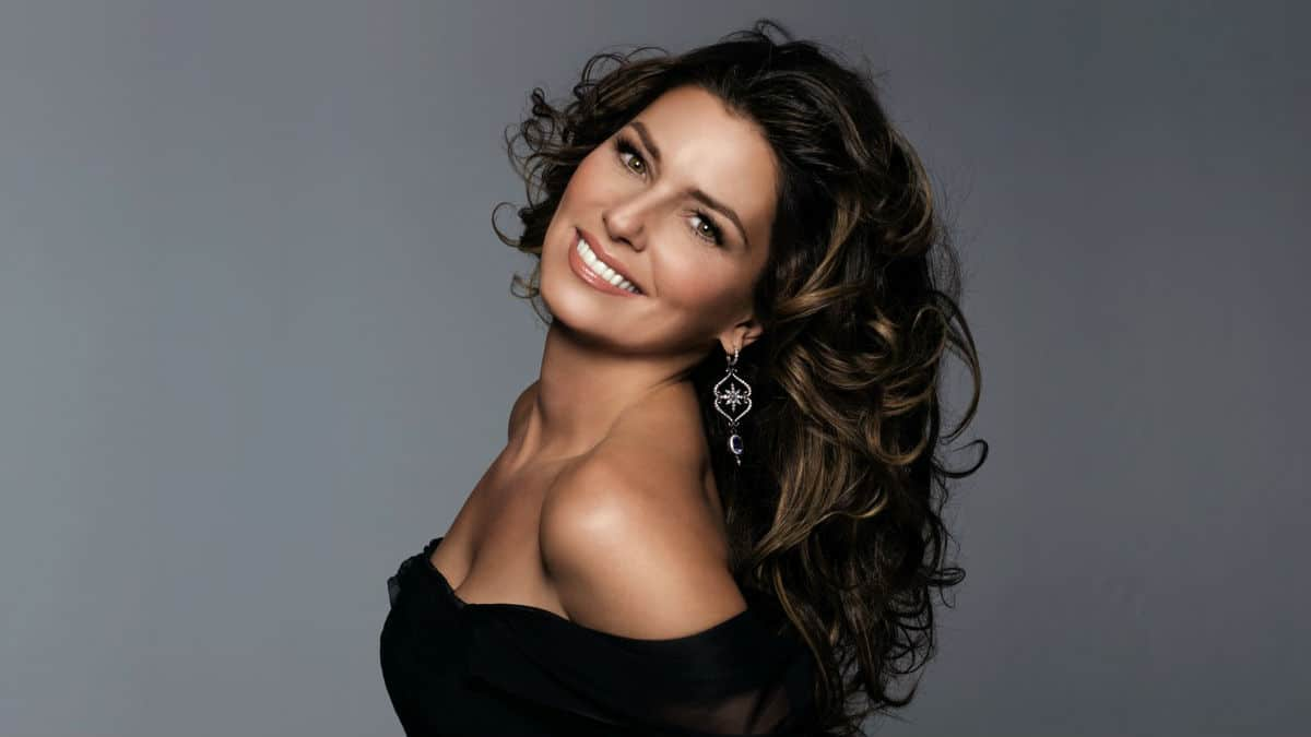 Shania Twain Talks New Album In 2017!