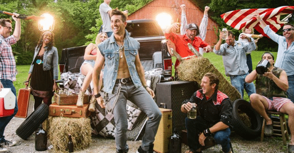 Jake Owen's abs are the stars of the 'Real Life' video…