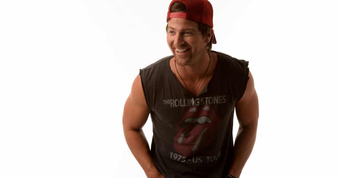 Who is calling Kip Moore a sissy?!
