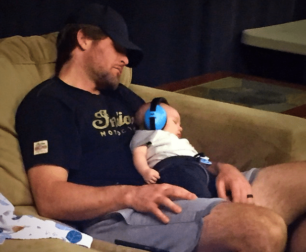 Carrie Underwood's hubby and baby support her during rehearsal!