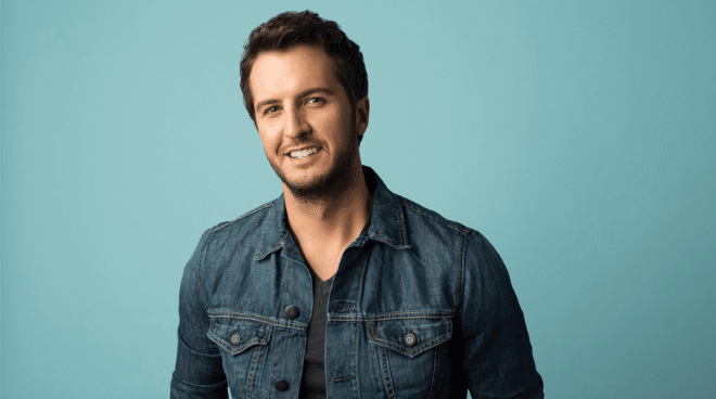 """Luke Bryan Reminds Us Why We Love Him with """"Fast"""""""