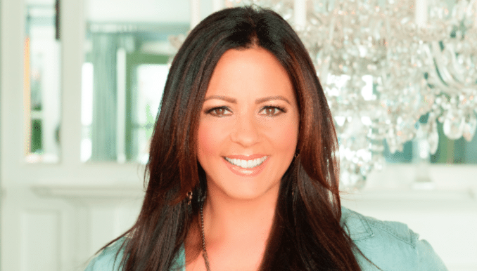 Here's Hoping That Sara Evans Gets a Little Bit Stronger