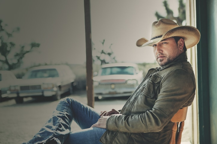 """Jason Aldean doesn't feel being called """"bro country"""" is a compliment"""