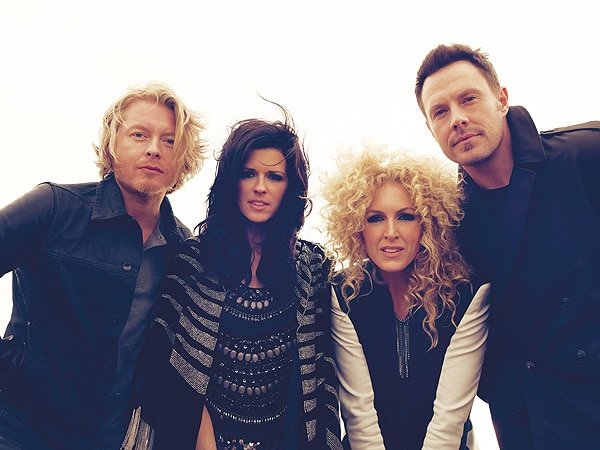 Little Big Town huddle