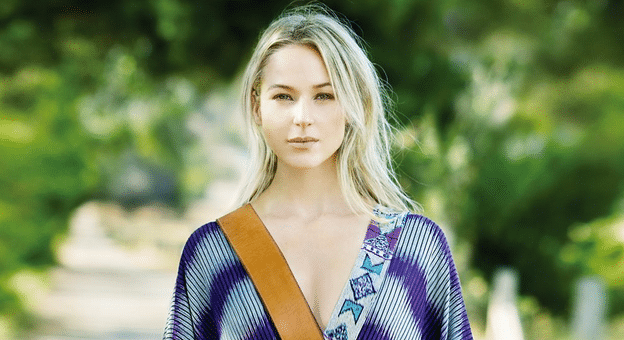 Jewel Announces the Release of New Personal Album