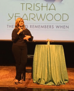 trisha-yearwood-cmhof