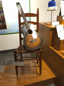 trisha-yearwood-first-guitar