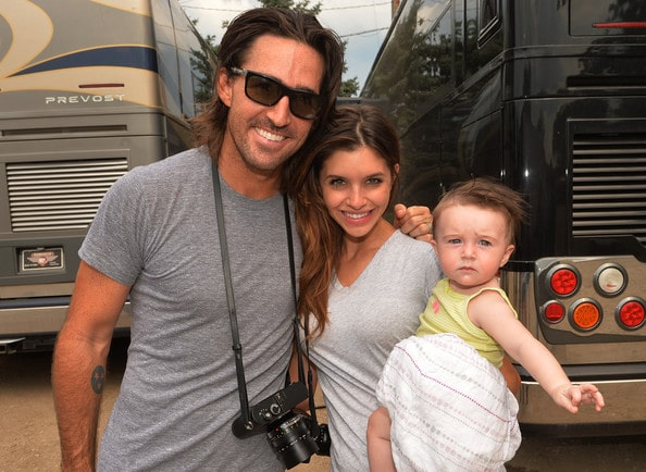 Jake Owen & Wife Lacey to Divorce