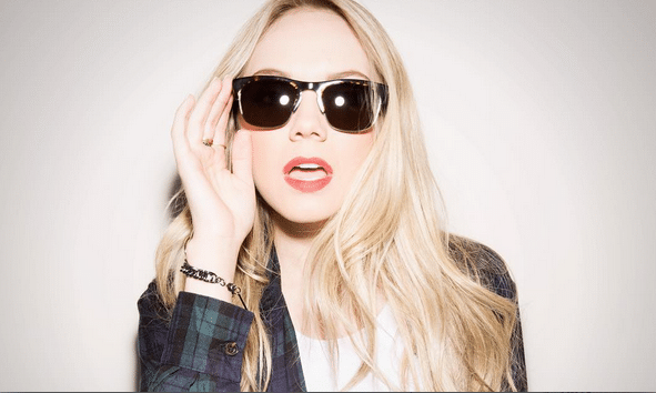 Danielle Bradbery Gives Fans a Glimpse at the Friend Zone