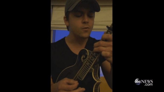 Hunter Hayes Serenades Fan with Terminal Cancer