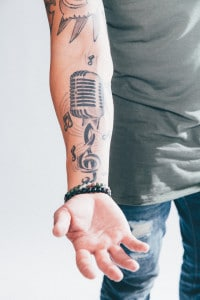 michael ray microphone tattoo