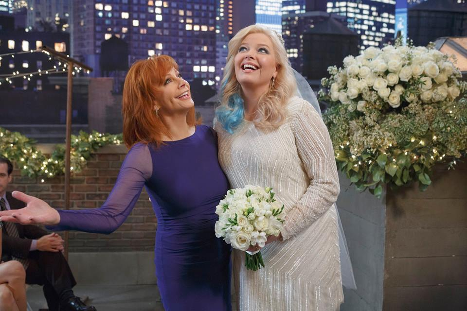"First Look: Reba on ABC Family's ""Baby Daddy"""