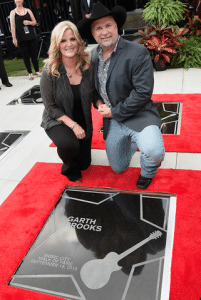 garth-trisha-walk-of-fame-stars