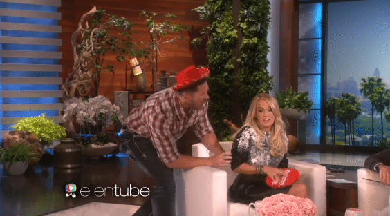 Carrie Underwood gets scared