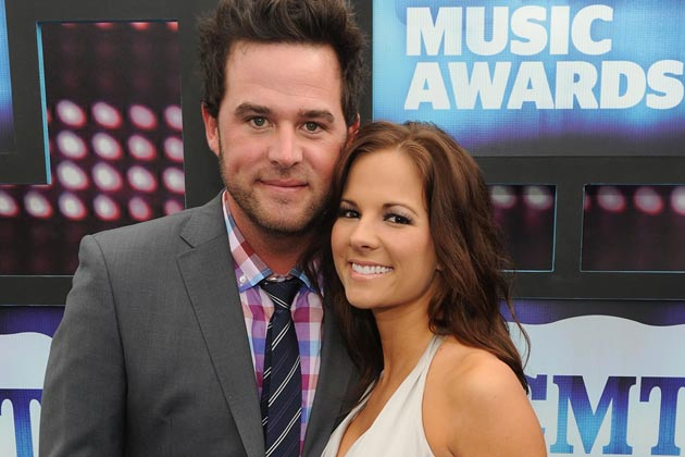 David Nail and wife Catherine welcome twins