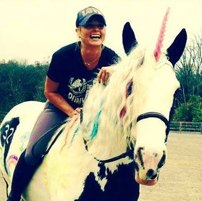 Miranda Lambert gets ready for her birthday with a big unicorn