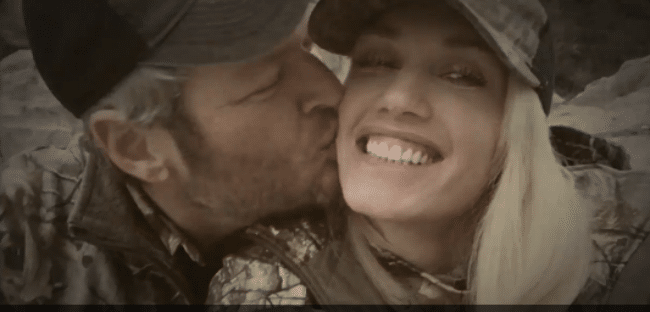 Blake and Gwen Engage in Some Twitter PDA