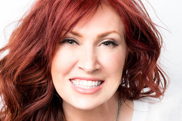 "Jo Dee Messina Says ""Bye Bye"" To Her Items For a Good Cause"