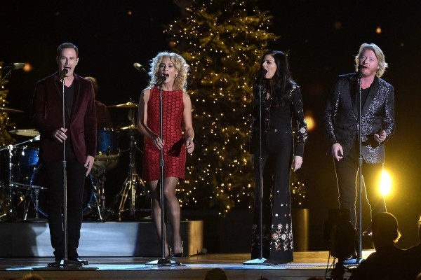 Gab's Countdown to Christmas: Little Big Town