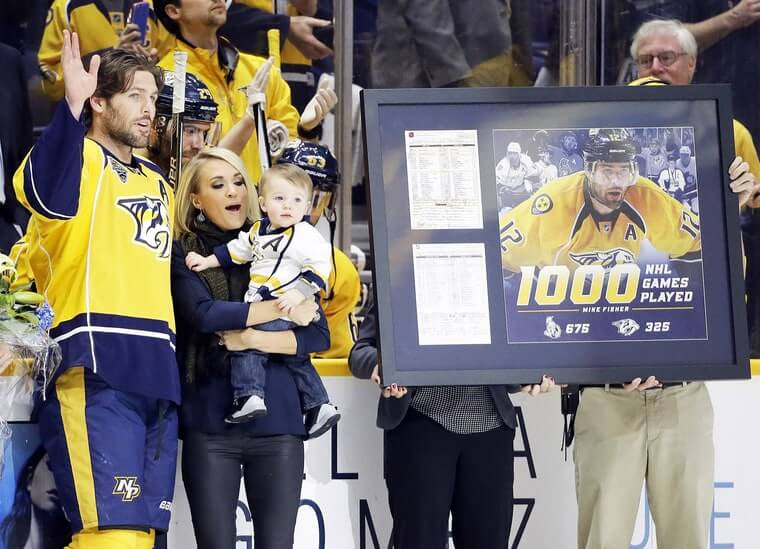 mike-fisher-carrie-underwood-inline-fa6cf224-4e3c-49bc-81de-3995177966c3