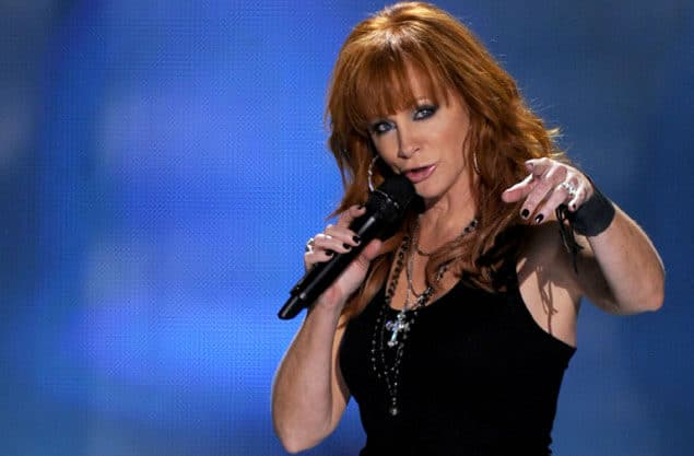 Reba is Her Own Manager…Because She's Reba