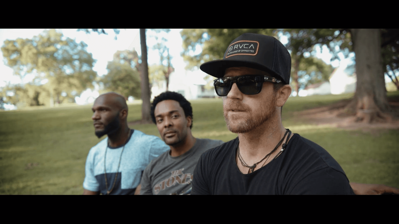 Kip Moore encourages fans to #BeTheChange
