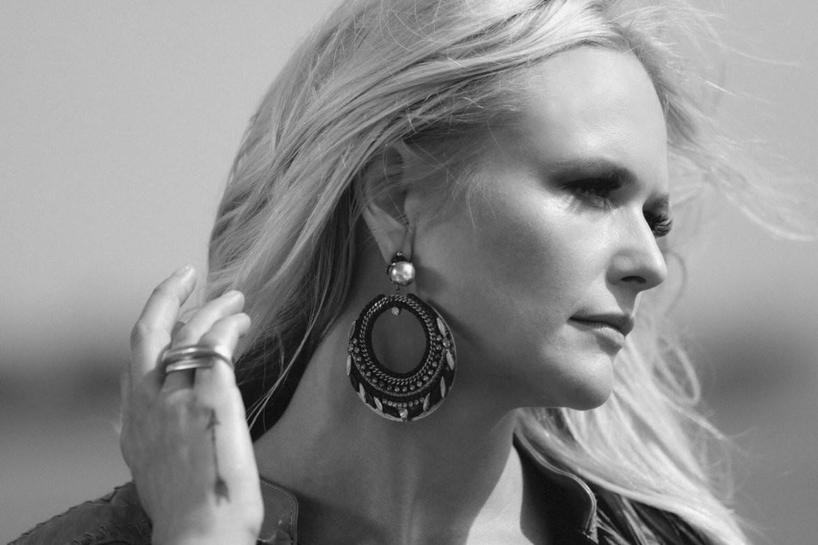 "Miranda Lambert Announces ""Weight of These Wings"" As Double Album"