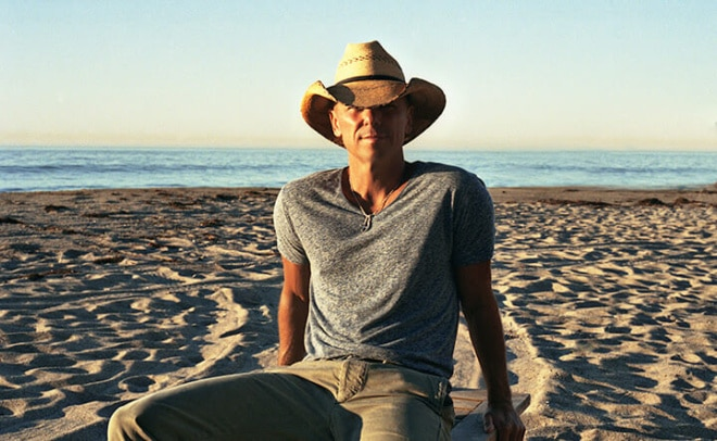 Kenny Chesney drowned his phone and couldn't have been happier about it