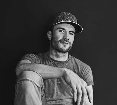 Sam Hunt reveals the crappy spot he likes to write