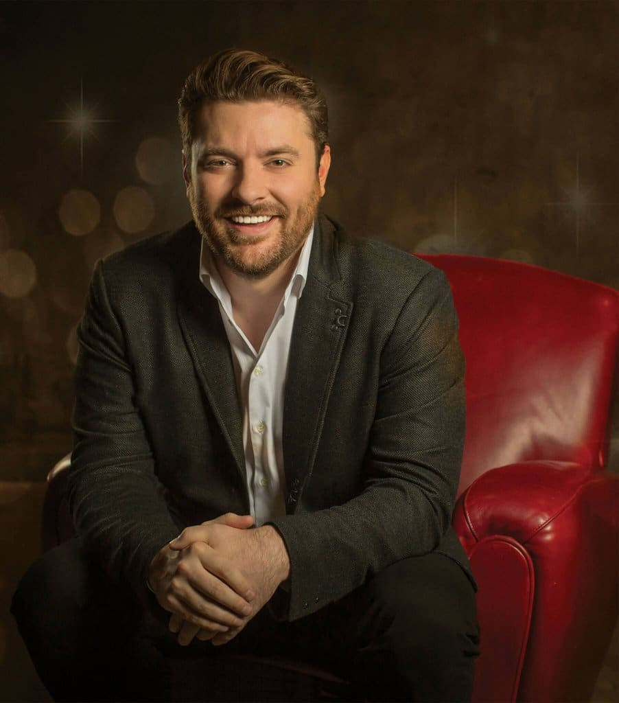 Chris Young teaming up with Toys for Tots this Christmas season