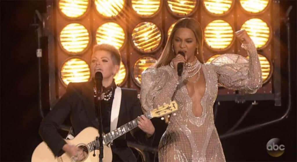 Watch Beyoncé and the Dixie Chicks rock the CMA Awards stage