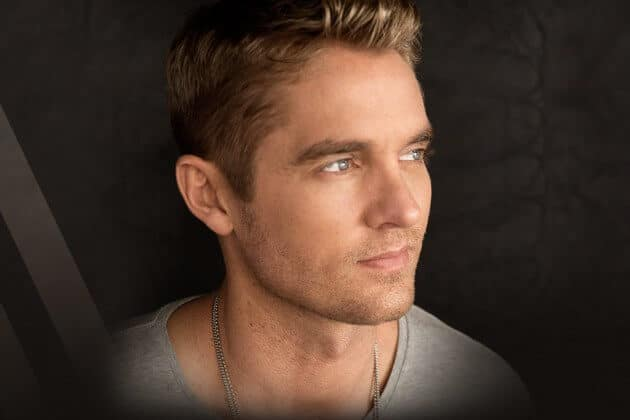 "Brett Young Releases New Music Video for ""In Case You Didn't Know"""