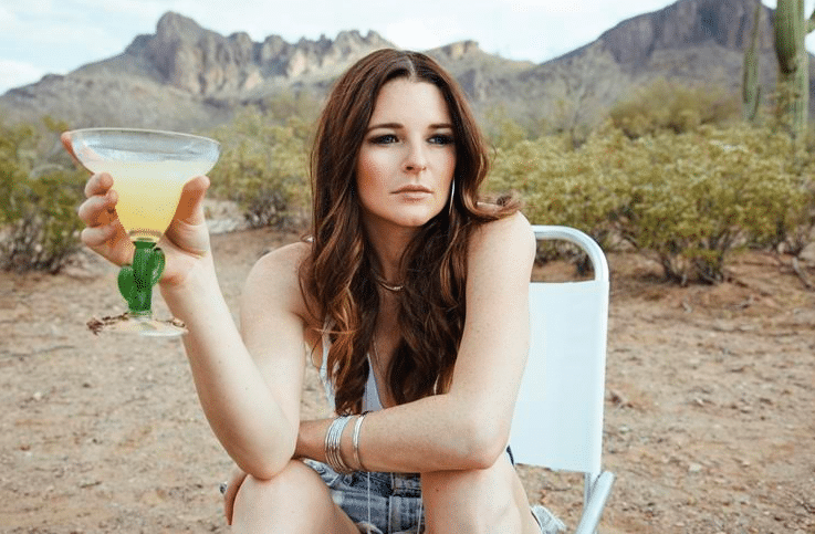 Gab Exclusive: Cocktail Hour with Jenna Paulette