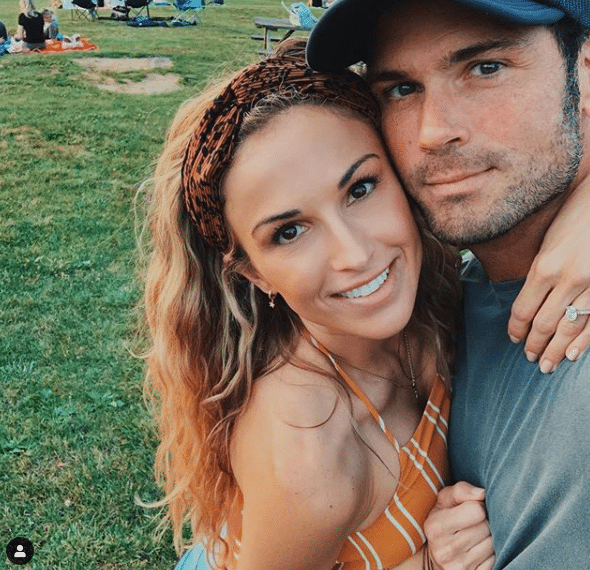 Chuck Wicks is marrying Jason Aldean's sister today