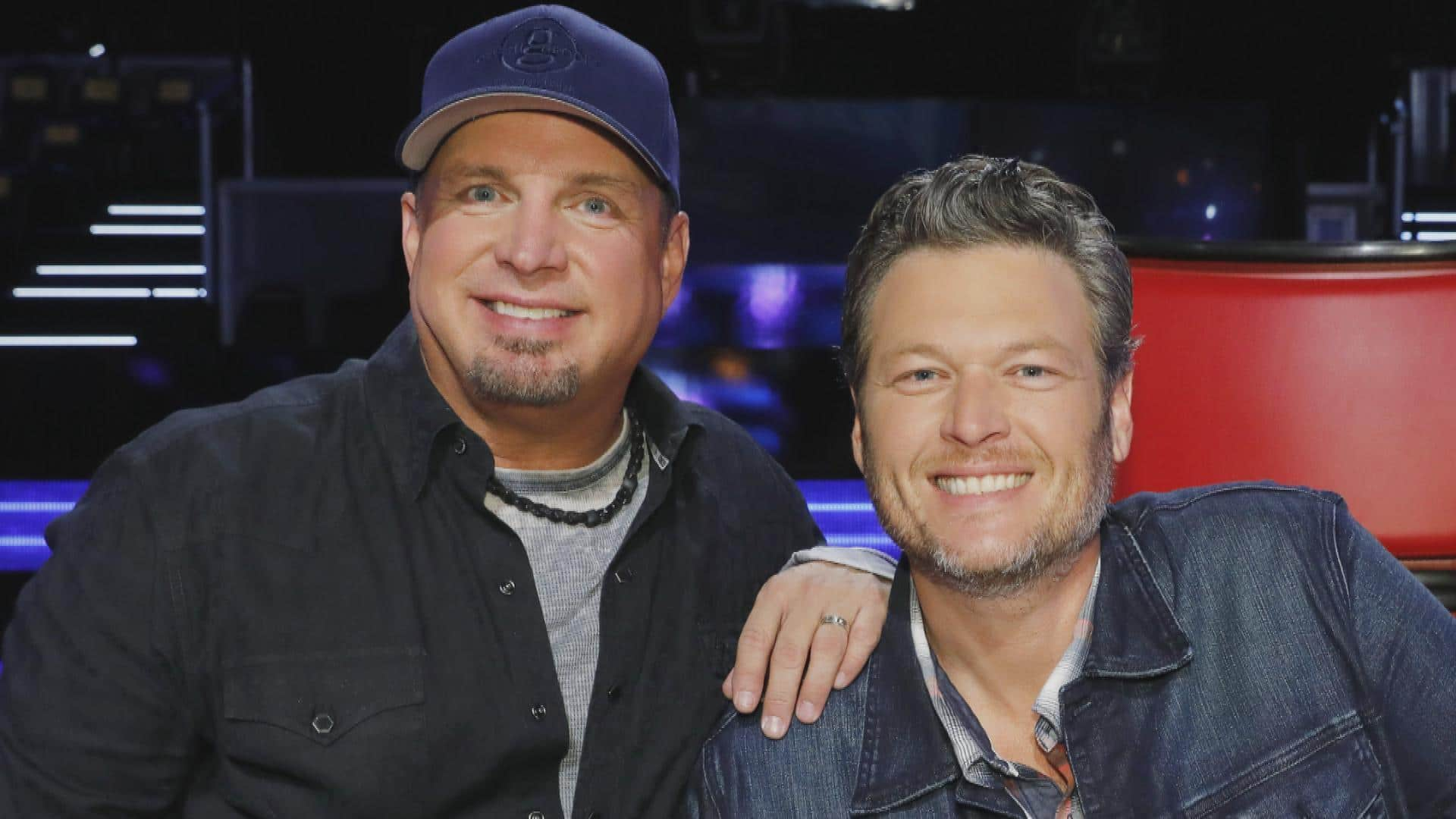 Blake Shelton said yes to 'Dive Bar' without ever hearing it … because duh