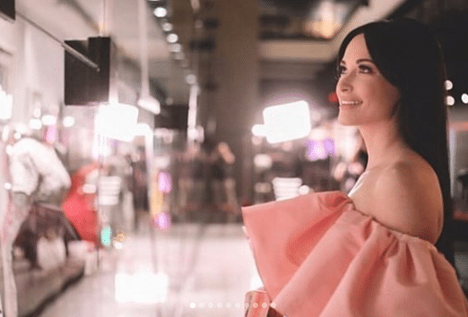 Kacey Musgraves and Margo Price join the #BansOffMyBody campaign for Planned Parenthood