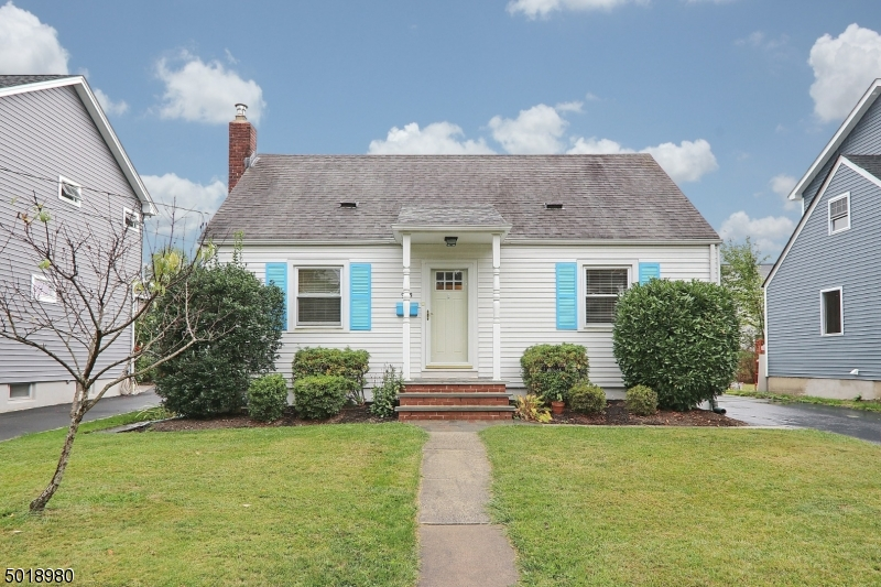 908 Columbus Avenue, Westfield <br /> Sold $404,000